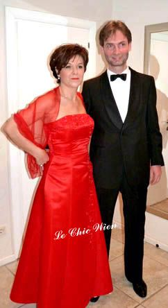 Evening dress and tuxedo rented by Le Chic Wien