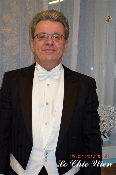 tailcoat rented for the vienna opera ball
