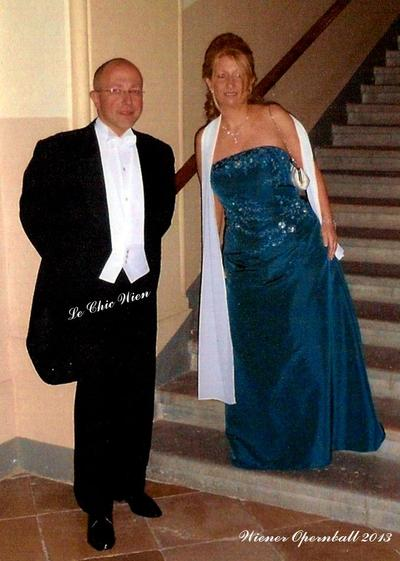 evening wear for the opera ball