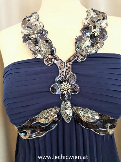 Eveningwear blue empirestyle detail Le Chic Wien