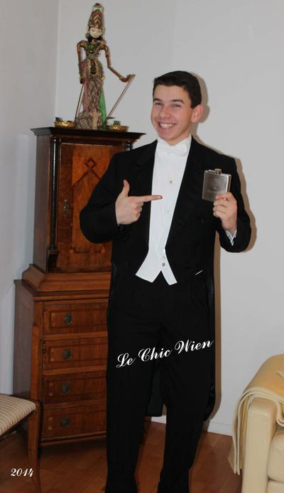 tailcoat from le chic wien