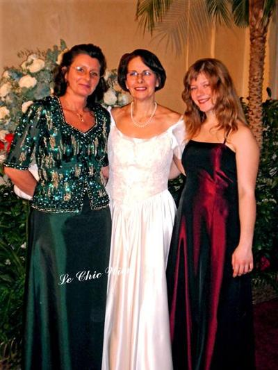 Eveningdresses Le Chic Wien