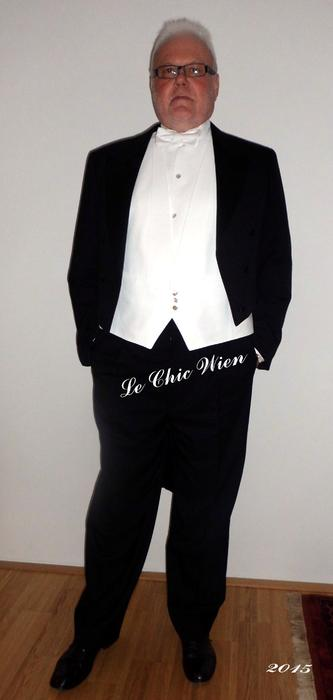 tailcoat for the vienna opera ball