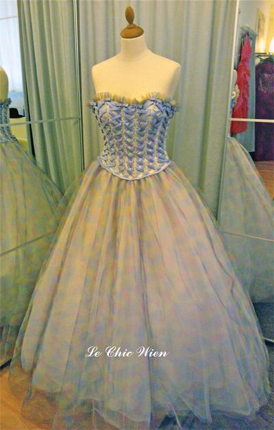 Le Chic Wien ball gown