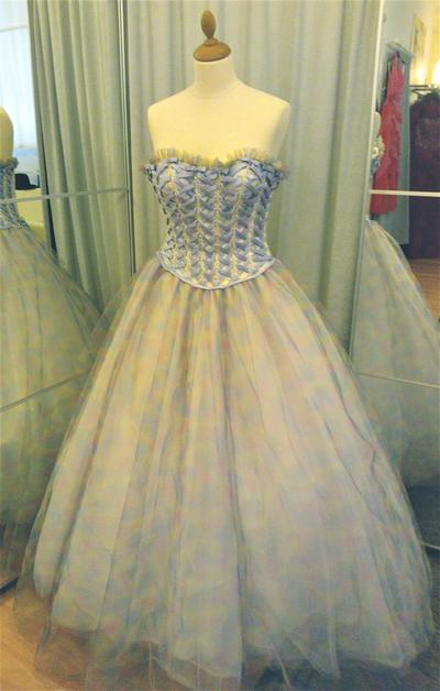 Ballgowns for rent Le Chic Wien